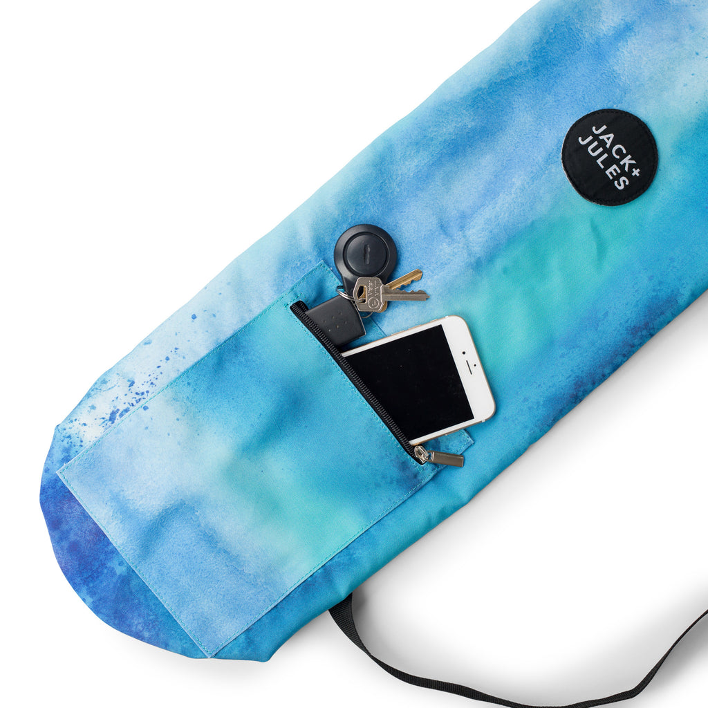 Pocket feature of Namaste yoga mat bag in reef blue