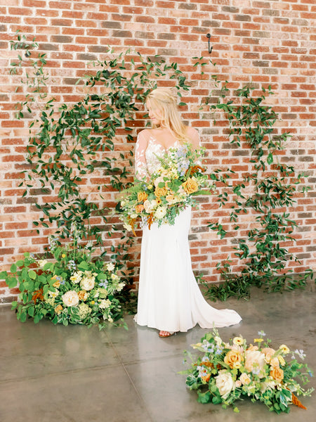 greenery arch bride long sleeve wedding dress