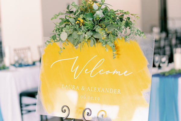 wedding welcome sign gold and acrylic