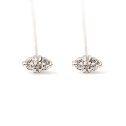 White gold chain earrings with diamonds