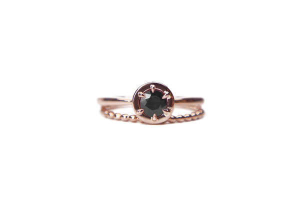 Floating bezel ring | Rose gold and black diamond
