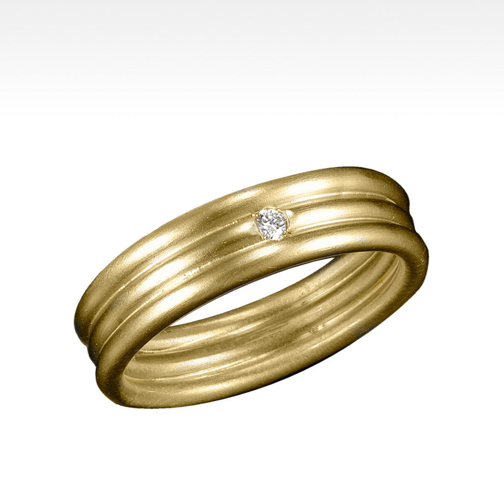 """Locked"" 14K Yellow Gold Ring with Ideal Cut Diamond Men's Wedding Band - Lyght.com"