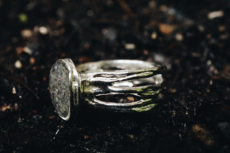 'Nest' Sterling silver ring