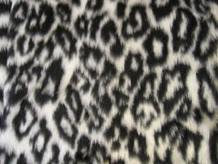 Pretty Snow leopard fuzzy faux fur car steering wheel cover furry animal print like cheetah - Poppys Crafts  - 3