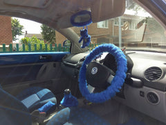 Royal Blue Fuzzy faux fur Car Steering Wheel Cover with matching accessories in volkswagen beetle