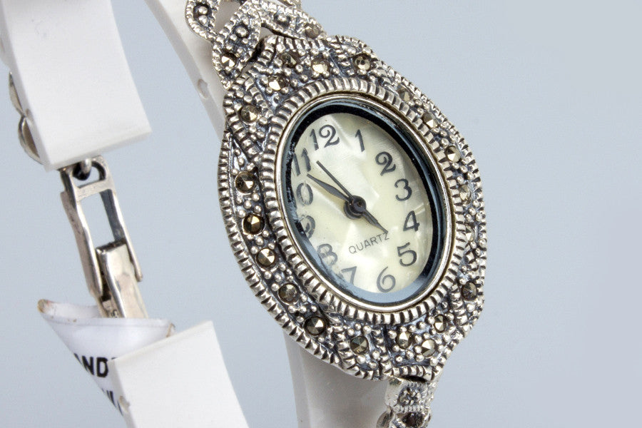 GLORRY SILVER WATCH