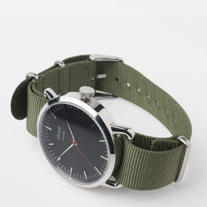 AR/WE Sweden (arweswe and arwe sweden) green NATO watch strap (band). Simplistic and minimalistic watch strap for both him and her. 20mm watch strap.