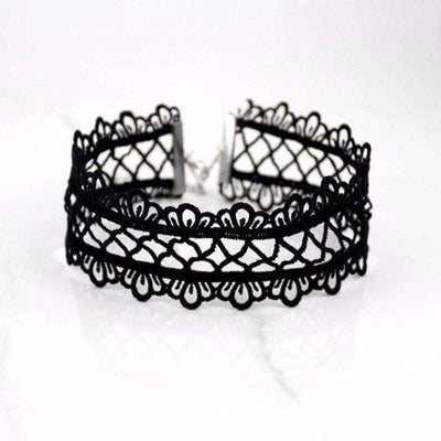NinjApparel - Cut out Lace Choker