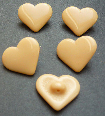 5 Vintage 1.4cm Caramel Glass Heart Buttons