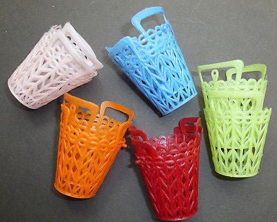 10 Kitsch 1960s Plastic Baskets 5.5cm Tall  VERY Useful...