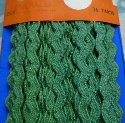 Made in Ireland -36 yds Vintage 5mm wide Cotton Ric Rac Choice of Colours