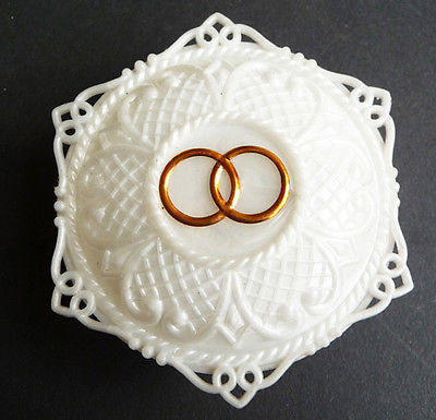 Very Pretty + Delightfully Kitsch Vintage Wedding Rings Holder - 2 gold rings..