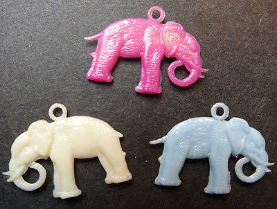 3 Charmingly Realistic Vintage Elephant Charms - 2.5cm long