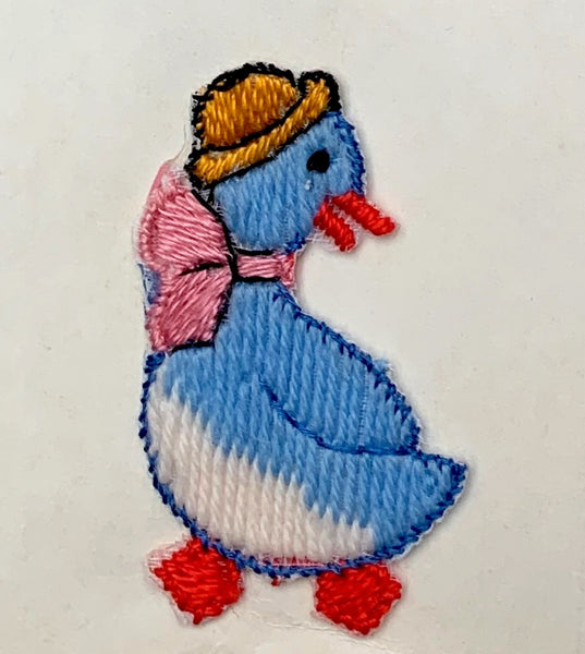 Ducks in Hats...and Bows - Charming Vintage 4cm Appliques- Choice of colours