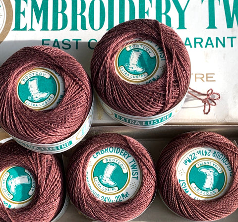 Vintage Deep Brown Extra Lustre Cotton Embroidery or Darning Thread 10 balls x 22m (40)