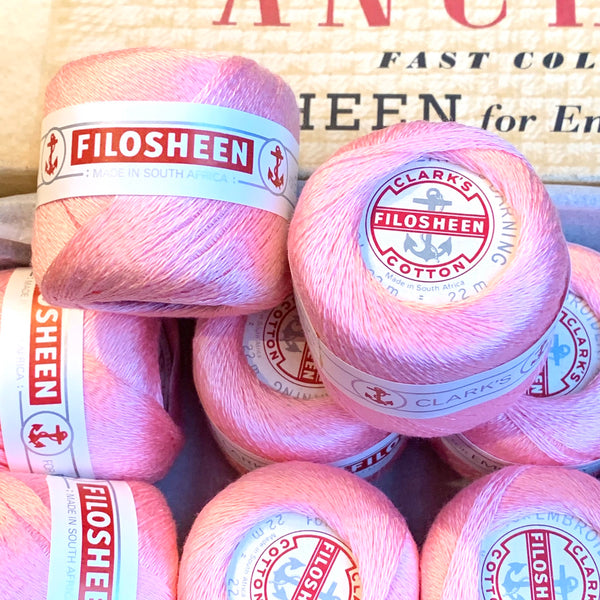 Vintage Anchor Filosheen Silvery Pink Cotton Embroidery or Darning Thread 12 balls x 22m (024)