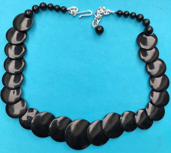 Black Overlapping Circles 1950s Necklace