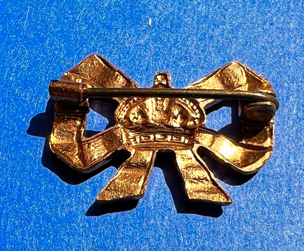 12 Vintage 1940s English bakelite Starburst Buttons - Choice of colour and size