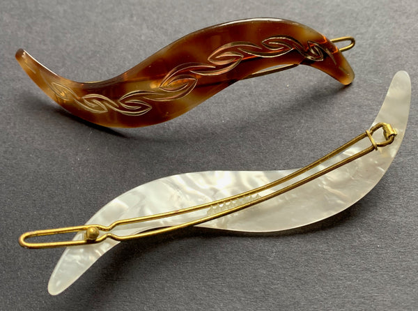 Attractive Vintage French Lucite 12cm Feather Hair Clip