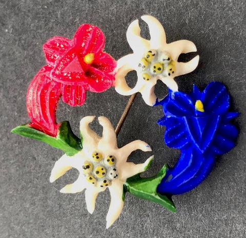 A Garland of Edelweiss and Gentian -  1940s Celluloid  Alpine Brooch