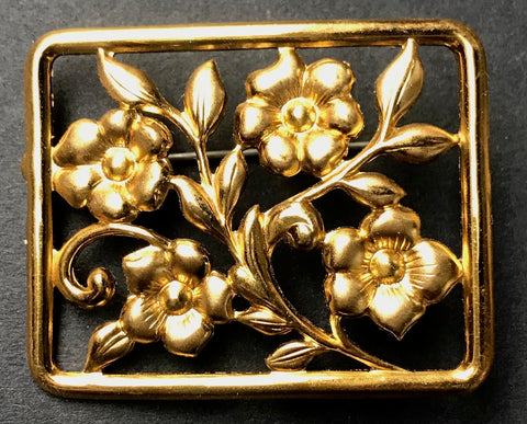 Gallery Quality 1940s Framed Gold Flowers Brooch