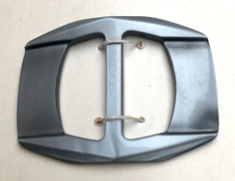 Sophisticated, almost Space Age Silver Casein 4.4cm Belt Buckle - Unused Old Shop Stock
