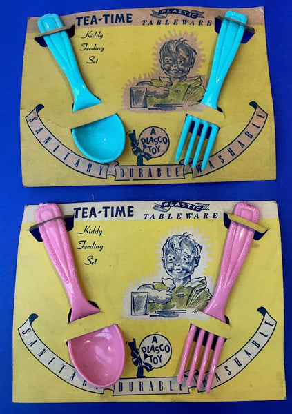 Unused 1940s TEA-TIME Kiddy Feeding Set on Original Display Card