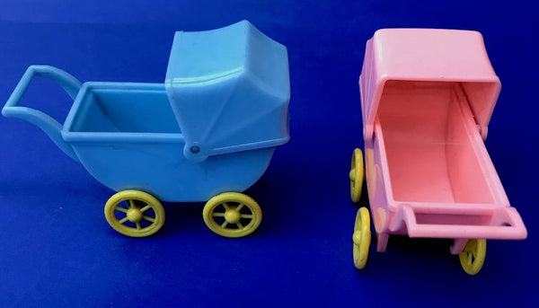 "1950s ""RELIABLE"" Toy Pram with Moveable Hood - 10cm long"
