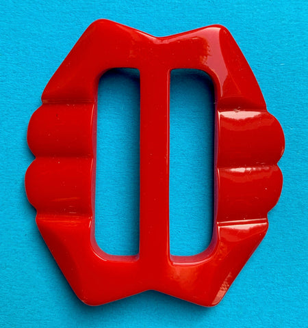 Bright Red 1940s Galalith / Casein 5cm Belt Buckle