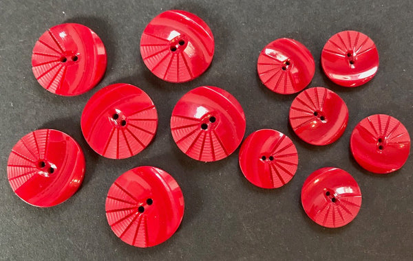 Crimson 1930s Moulded and Carved Casein 2.2cm or 1.6cm Buttons