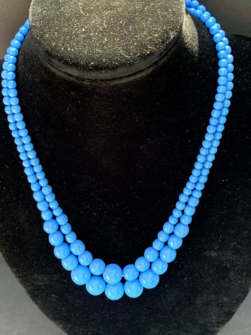 Simple and Satisfying Vintage  Blue Glass Bead Necklace