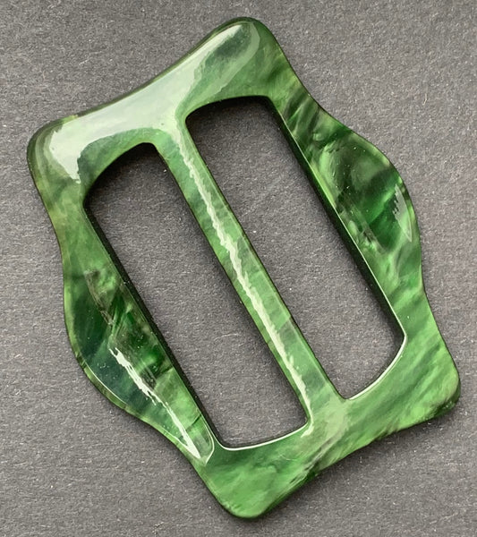 Life Enhancing Glowing Green 1940s French 4.5cm Buckle