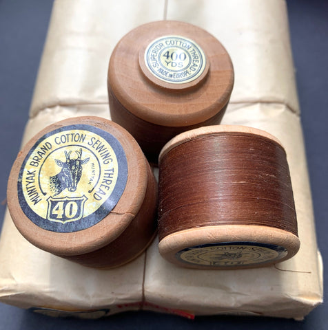 12 x 400yds Vintage 40 Gauge Brown MUNTYAK Brand Cotton Sewing Thread