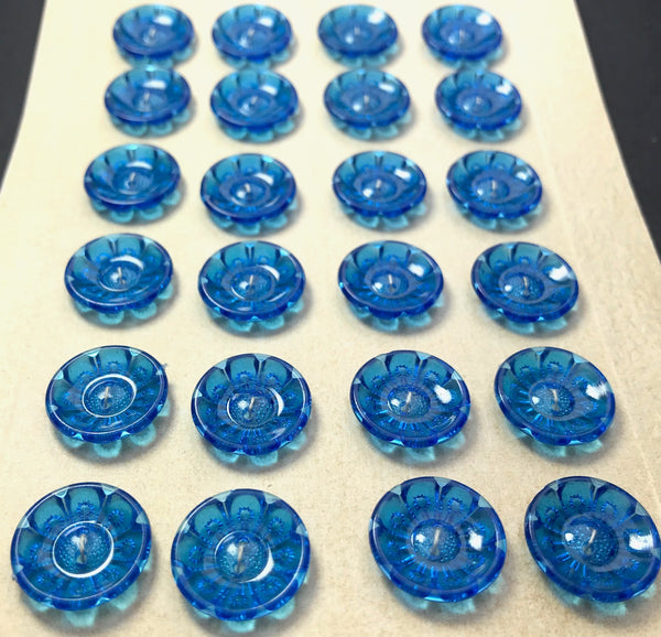 Glowing Intense Blue Vintage Flower Buttons - Different sizes and quantities 12mm -20mm