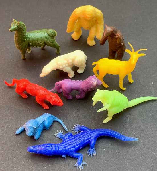 10 Wild Animals but only... 1 - 2.5cm tall !