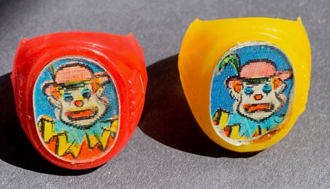 1960s Flicker Ring - Not at all Scary Clown..