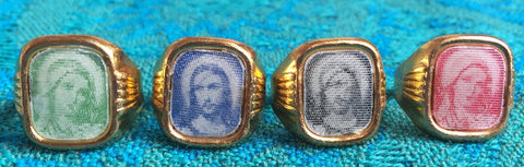 Vintage Mary and Jesus Metal Lenticular Flicker Ring