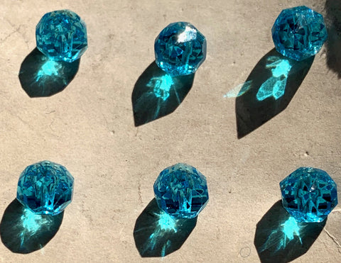 12 Exceptionally Sparkly Turquoise Glass 5mm 1940s Buttons