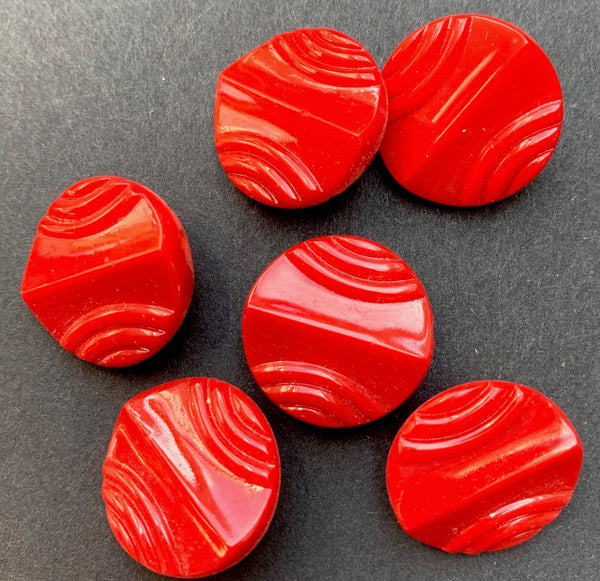 Striking Vintage Red Glass Buttons  - 1.8 cm - 6 of them