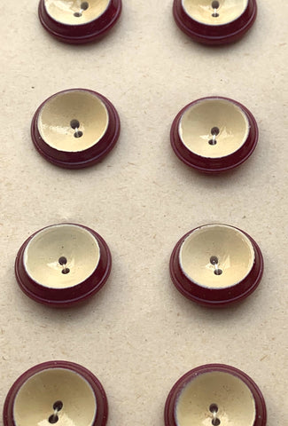 24  Vintage 1.6cm Maroon and Cream Italian Buttons
