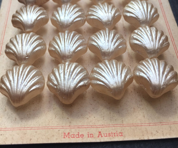 24 Vintage Big Shimmery Glass Shell Shape Buttons 1.7cm wide -Made in Austria