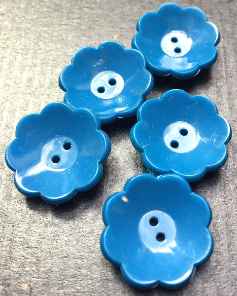 Charmingly Simple Vintage 2cm Flower Buttons - Choice of Colours