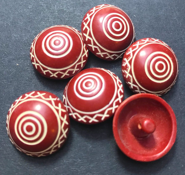 6 Very 1960s Maroon Scrafitto 2cm Buttons