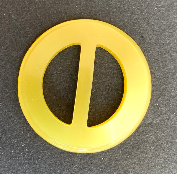 Glowing Sunshine Yellow 4.2cm 1940s Lucite Buckle