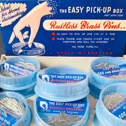 "THE EASY PICK-UP BOX ""NO MORE FUMBLING"" 300 Strong 1"" Pins"