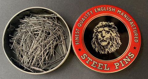 Wonderful Vintage Tin of FINEST QUALITY ENGLISH MANUFACTURED STEEL PINS