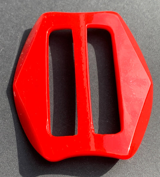 Bright Red Curves and Lines 1940s 5cm Buckle