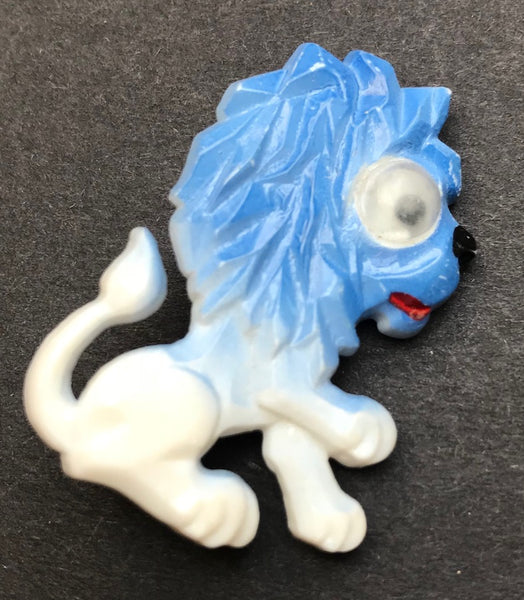 Not At All Fierce Vintage Googly Eyed Lion Brooch