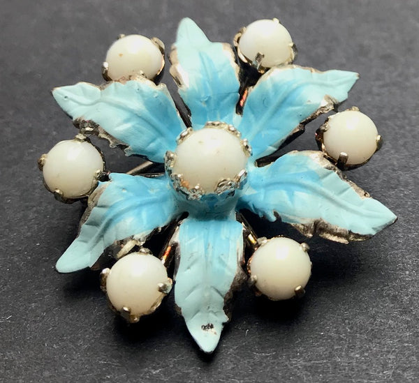 Pastel Flowers - Lovely Vintage Brooches