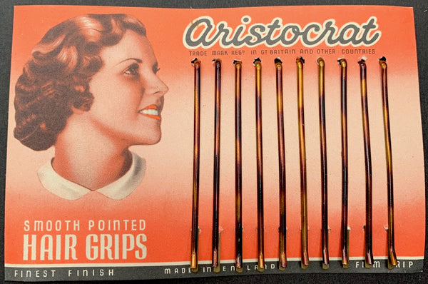 Only For Upper Class Hair.. Display Card of 1930s ARISTOCRAT Hair Grips Made in England